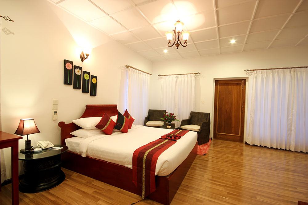 royal kalaw hills resorts
